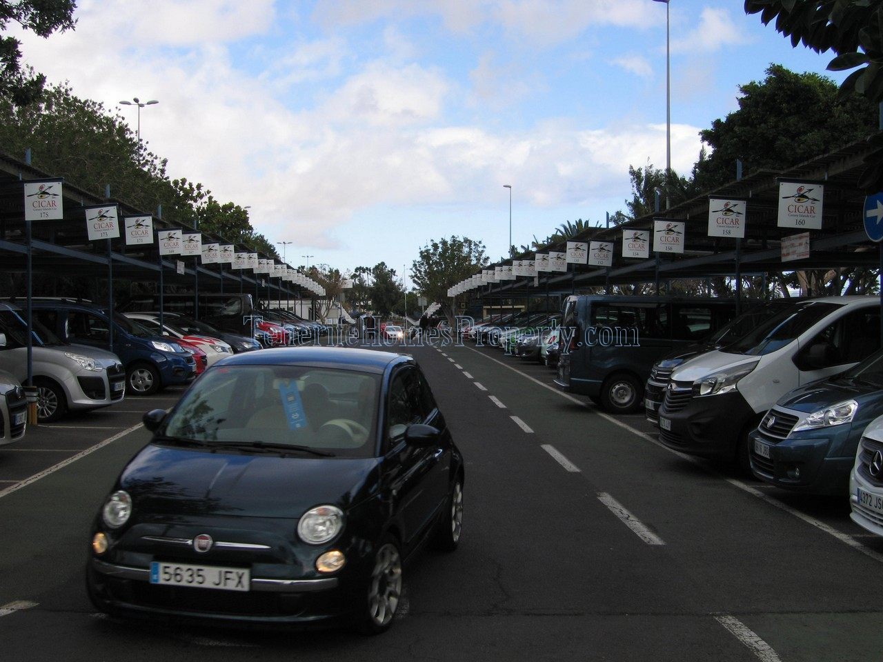 Car hire Tenerife airport south CICAR