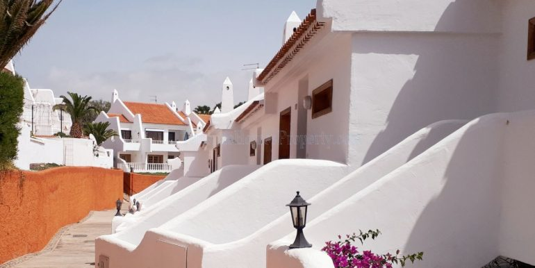 2-bedroom-apartment-for-sale-golf-del-sur-tenerife-238-639-0819-10