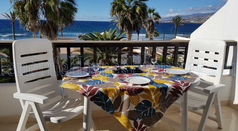 Oceanfront apartment for sale in Parque Santiago 2, Playa de Las Americas, Tenerife