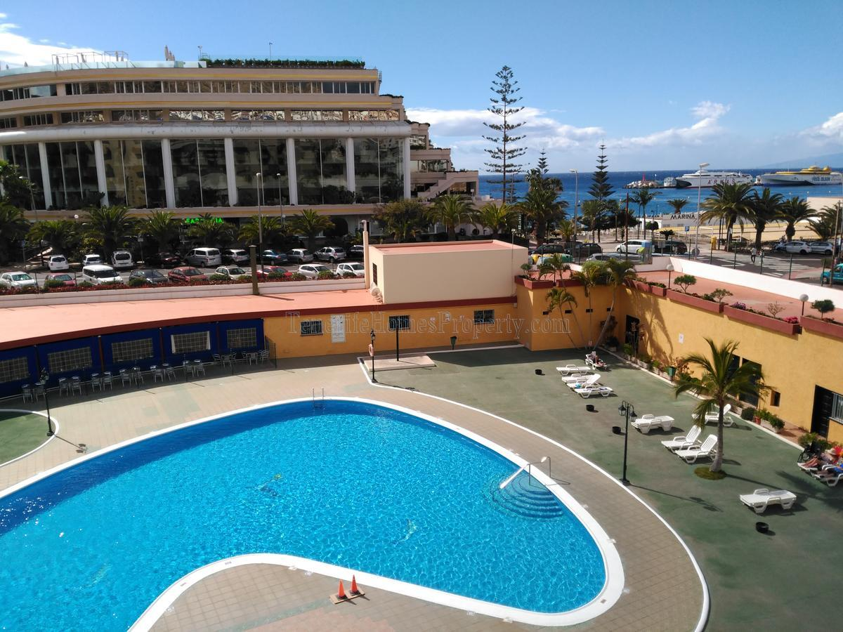 1 bedroom apartment for sale in residential complex Los Angeles in Los Cristianos, Tenerife €184.000