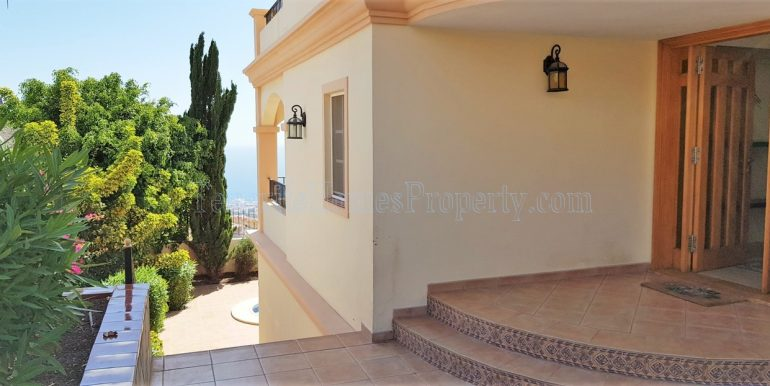 5-bedroom-luxury-villa-for-sale-in-roque-del-conde-costa-adeje-tenerife-38670-1119-22