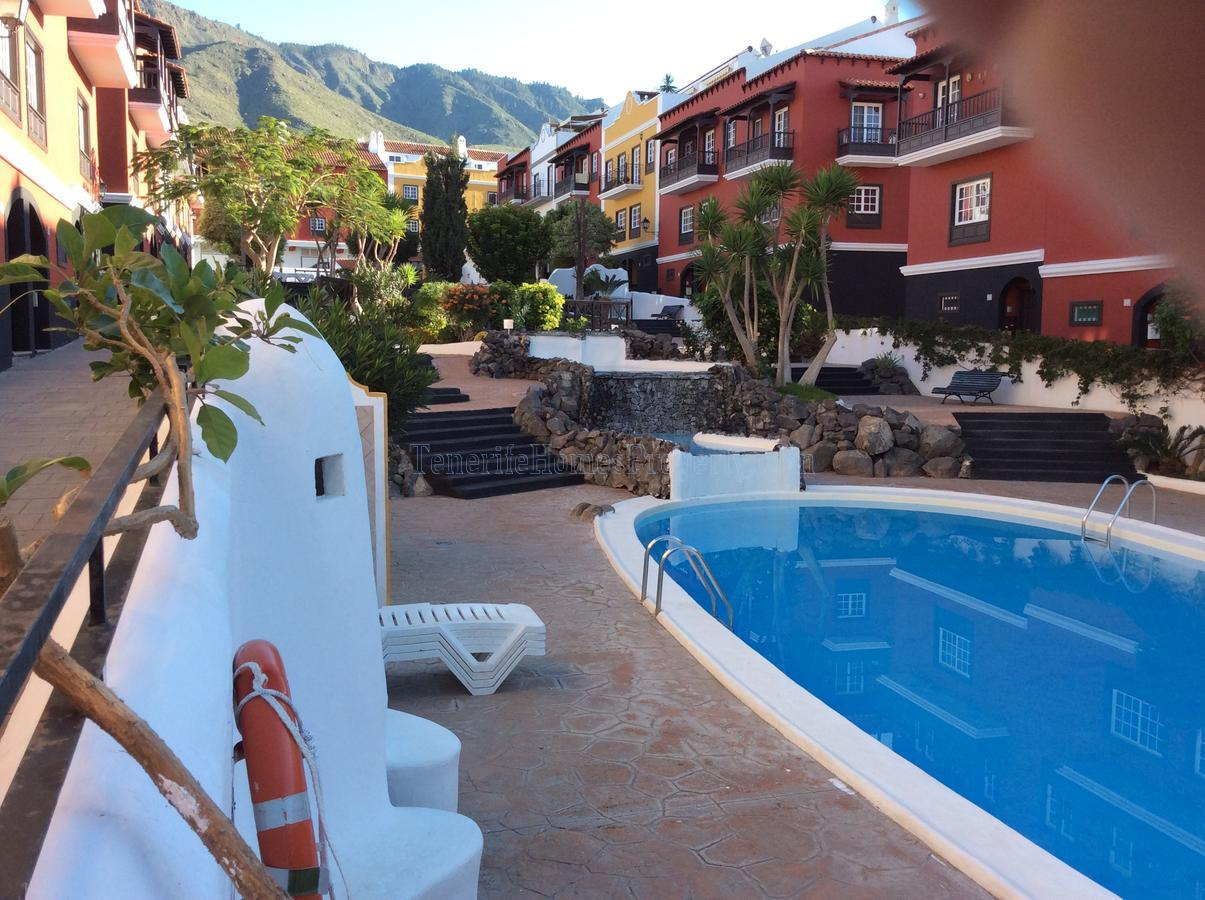 House for sale in residencial complex Jardin Botanico, Adeje, Tenerife €252.000