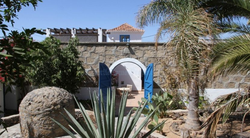 rural-house-for-sale-in-san-miguel-tenerife-38620-0109-22