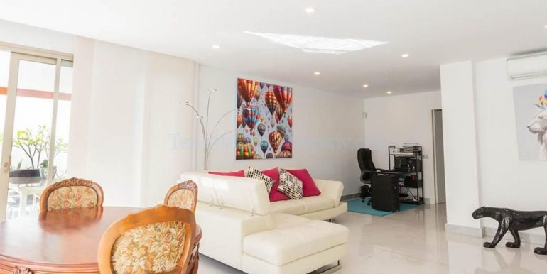 luxury-villa-for-sale-in-los-cristianos-tenerife-canary-islands-spain-38650-0309-08