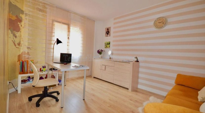 4-bedroom-apartment-for-sale-in-tenerife-los-cristianos-38650-0509-23