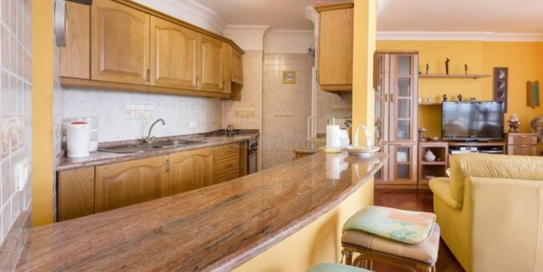 duplex-apartment-for-sale-in-playa-del-duque-costa-adeje-tenerife-spain-38679-0517-27