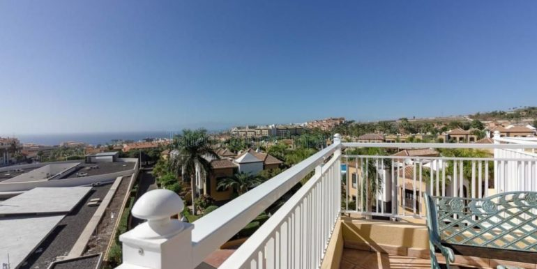 duplex-apartment-for-sale-in-playa-del-duque-costa-adeje-tenerife-spain-38679-0517-42