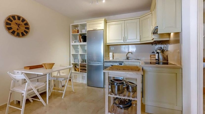 1-bedroom-apartment-for-sale-in-palm-mar-tenerife-spain-38632-0709-02