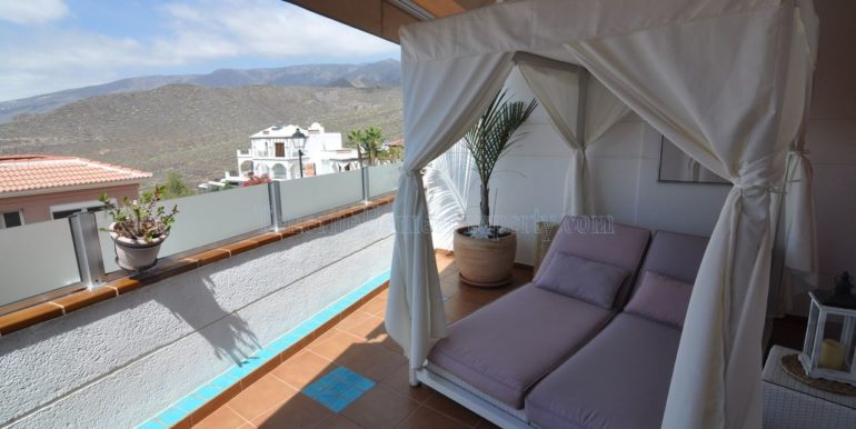2-bedroom-apartment-for-sale-in-roque-del-conde-adeje-tenerife-spain-38660-0925-11