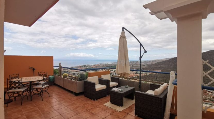 luxury-2-bedroom-apartment-for-sale-torviscas-costa-adeje-tenerife-canary-islands-spain-38660-1022-01